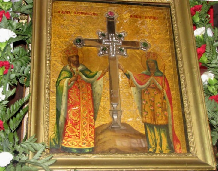 01 The icon of St. Constantine and St. Helen.