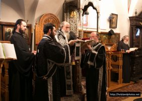 His Beatitude at the service of the Holy Passion