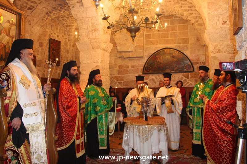 Breaking bread at Agios Demetrios, Jerusalem