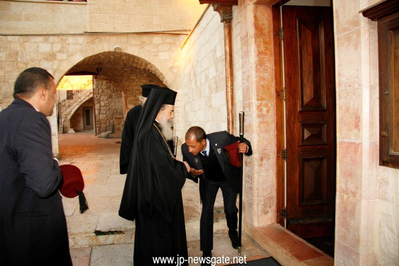 The Patriarch arrives at Sts Constantine and Helen Church