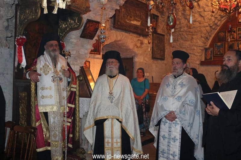 His Eminence and concelebrants at Vespers