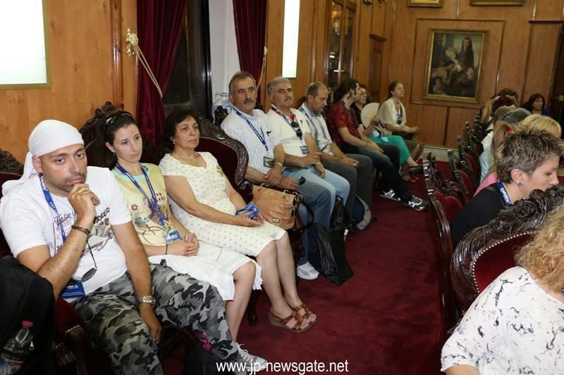 Pilgrims from Kalamaria visit the Patriarchate
