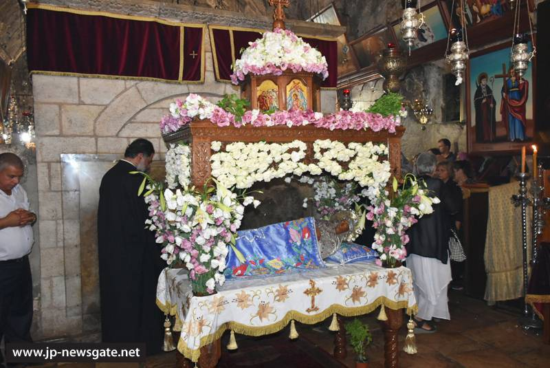The adorned Epitaph of Theotokos