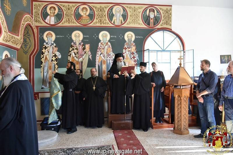 Vespers of the Holy Spirit at the chapel of the Greek Orthodox Cemetery